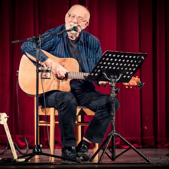 HONZA NEDVĚD- koncert Dolní Kralovice -Kulturní dům Dolní Kralovice, Dolní Kralovice