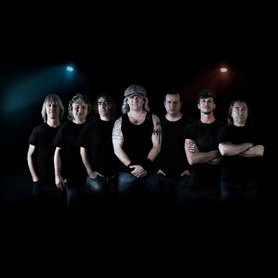 Koncert skupiny ŠPEJBL´S HELPRS/AC / DC  REVIVAL BAND/ -Lidový dům Kbely   Praha