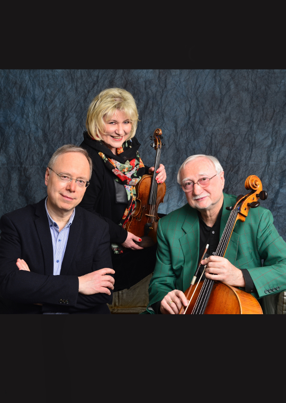 České trio a taneční mistři